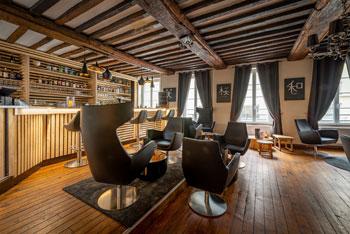 Photographie d'architecture d'intérieur dans un restaurant à Caen
