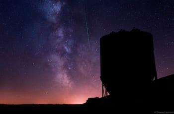 Photographie en pose longue de la voie lactée