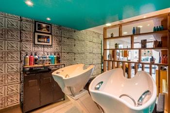 Photographie d'architecture pour le salon de coiffure The Worskshop à Caen